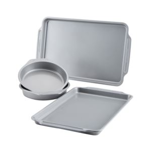 4 - Piece Nonstick Bakeware Set