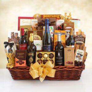 California Grandeur Wine and Gourmet Gift Basket