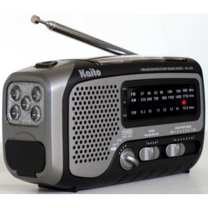 Voyager Trek Solar/Crank AM/FM/SW/NOAA Radio/Flashlight Gray